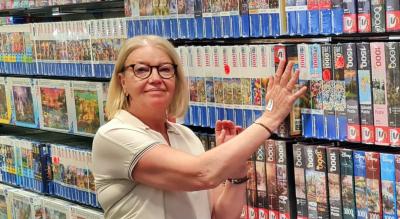 Porträt des Ladenbesitzers Moedel Geschenk + Spiel