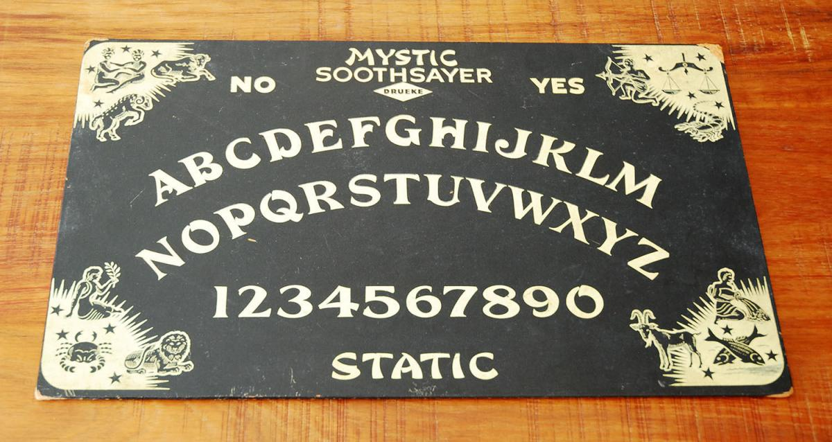 Using Ouija boards to divine the future | eBay Stories